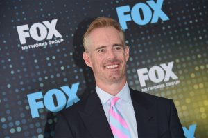 Joe Buck says he gave up booze to take care of loopy schedule